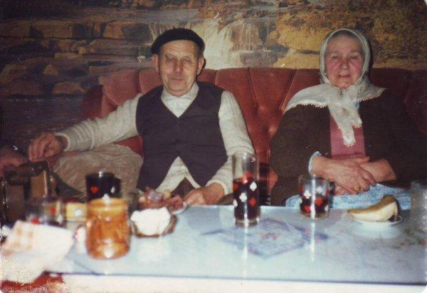 Hadžija Ahmetašević Ibro i Hadžinica Tifa