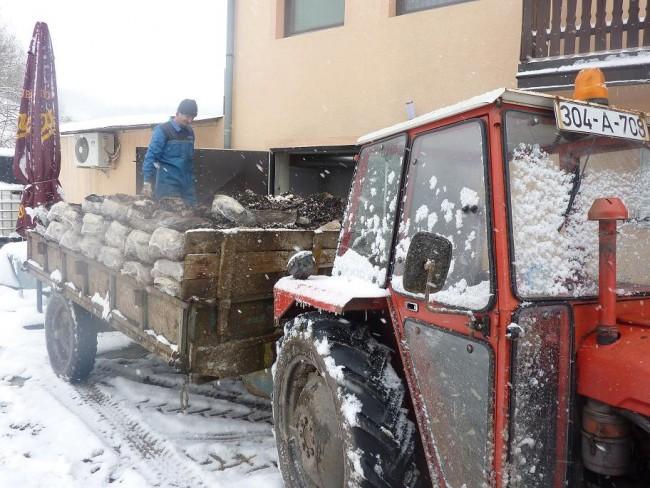 Slika traktor